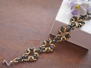 Modern Black Gold Triangle Bracelet Tutorial
